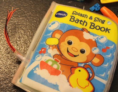 FixItWorkshop, Sep'17, V-Tech Splash & Sing baby bath time book.