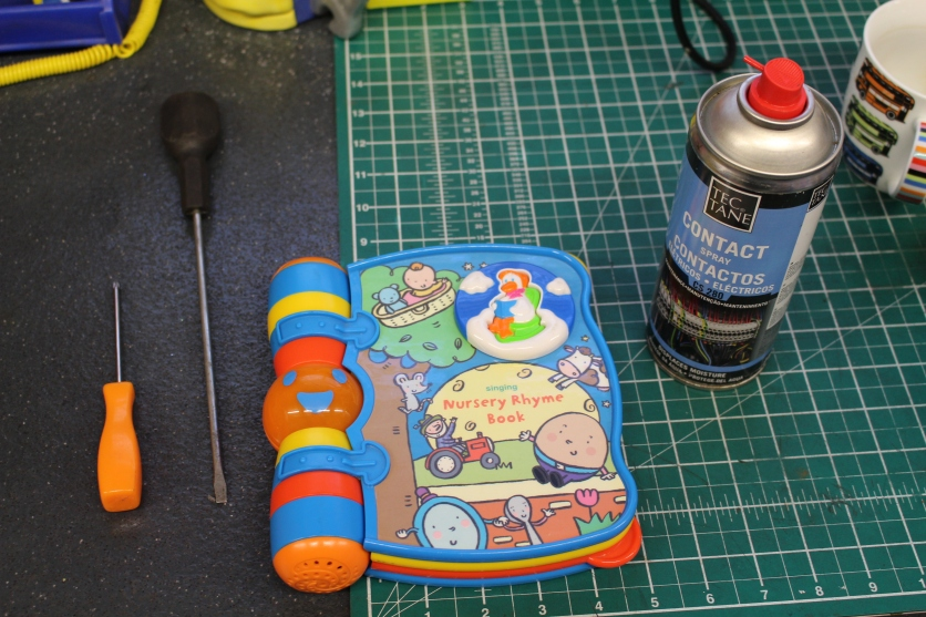 FixItWorkshop, Worthing, July'19, VTECH Singing Nursery Rhyme Book, contact cleaner.