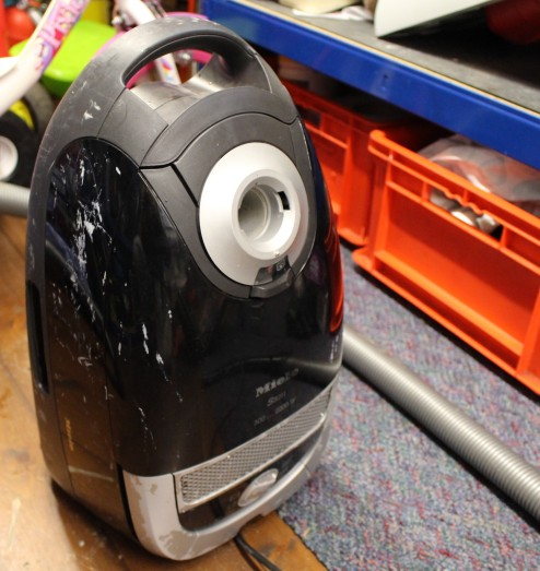 FixItWorkshop, Worthing, November'19, Miele Vacuum Cleaner with paint.