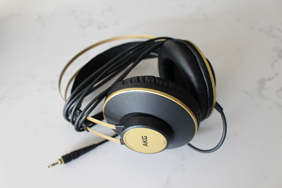 Wired for sound: AKG Headphones repaired