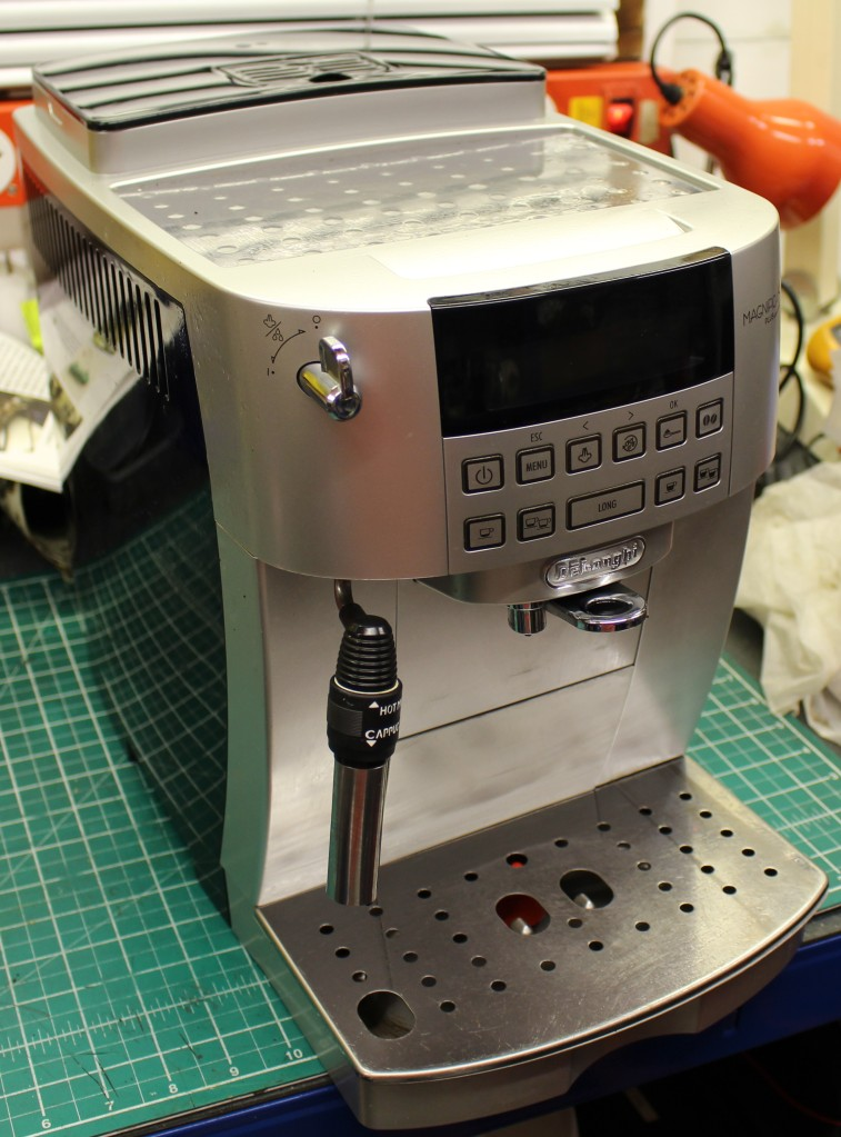 FixIrWorkshop, Worthing, Nov'20, DeLonghi Magnifica S, prior to repair.